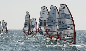 Israeli windsurfer takes silver medal at World Champtionships