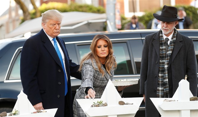 Trumps pay respects to the Pittsburgh murdered