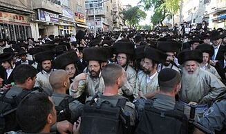 Rabbi: Zionists Fought Hareidim, and Lost