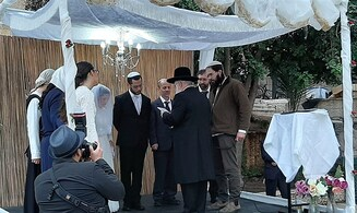 'Corona wedding' at leading religious-Zionist yeshiva