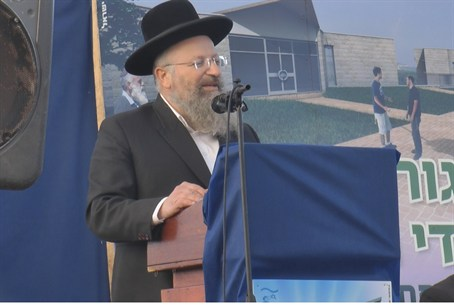 Rabbi Shmuel Eliyahu in Itamar