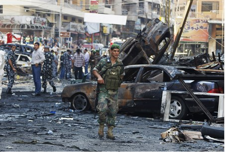 Lebanese soliders secure the scene of Beirut