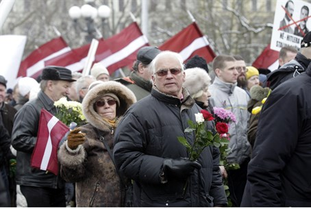 Annual procession commemorating the Latvian Waffen-SS (file)