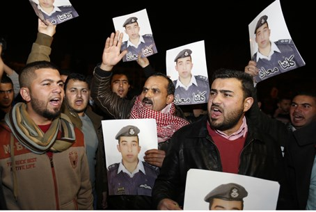 Jordanians protesting for prisoner swap