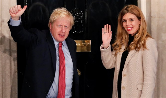 PM Boris Johnson with his fiancee, Carrie Symonds
